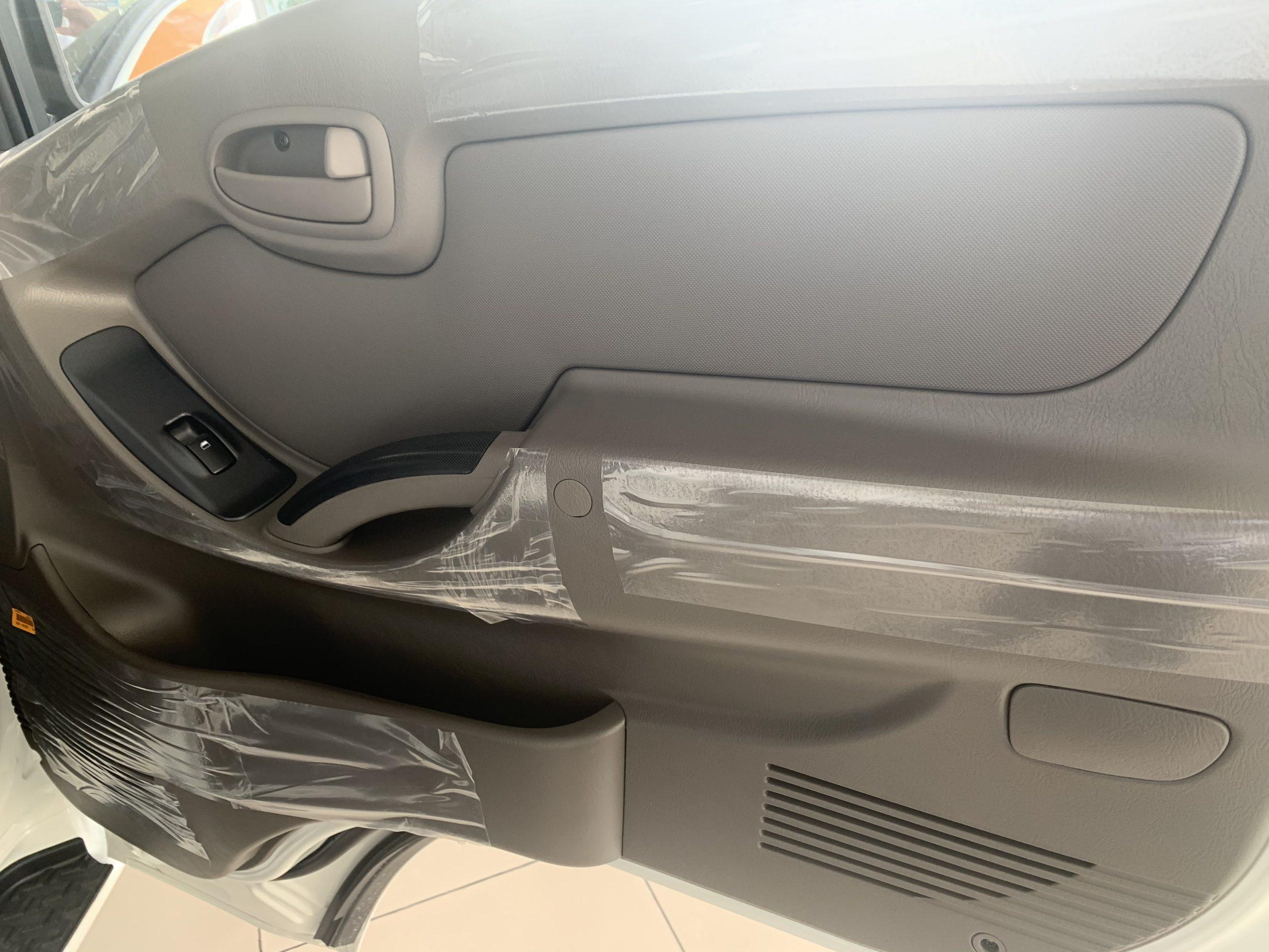 cánh cửa Hyundai Porter 150