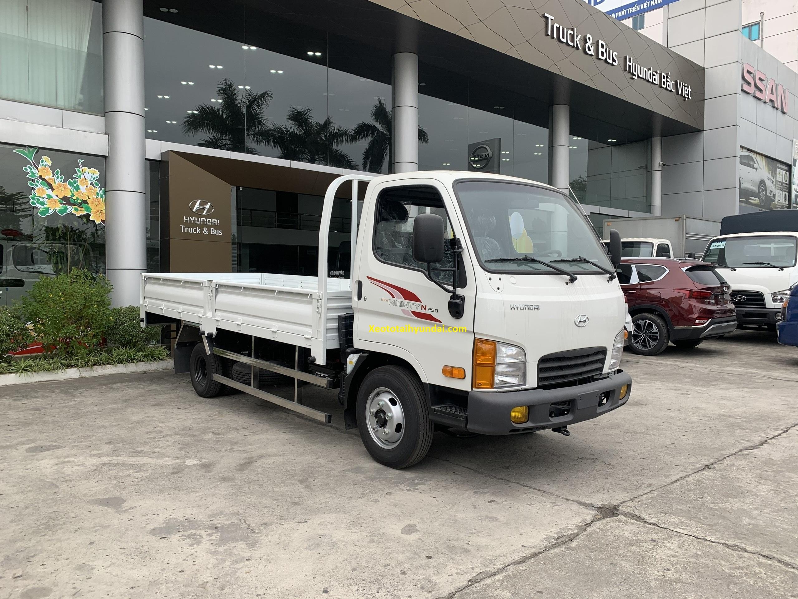 xe tải hyundai mighty n250 thùng lửng