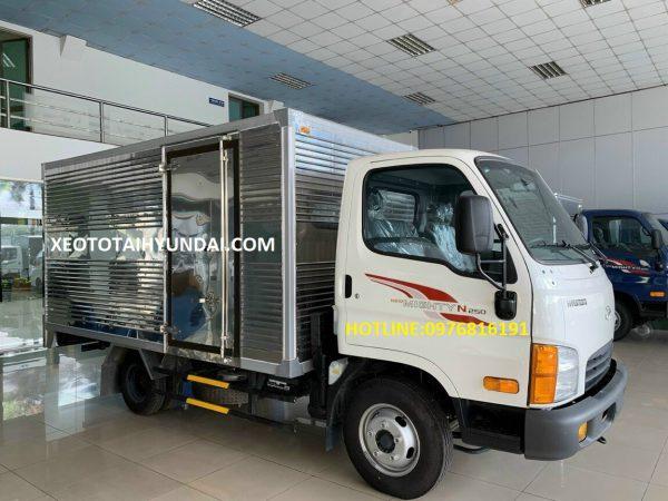 hyundai-2.5-tấn-thùng-ngắn
